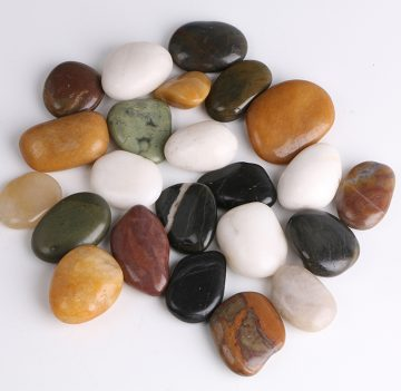 Polished mixed pebbles