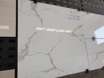 Glossy Marble/Carrara-look Porcelain Tiles 600mm x 300mm