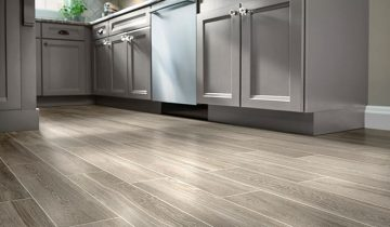 in_wood-look-tile-flooring-ideas-hero-2